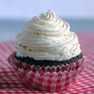 Low-Carb Marshmallow Fluff Frosting.