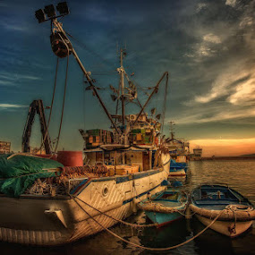 by Vasja Pinzovski - Transportation Boats