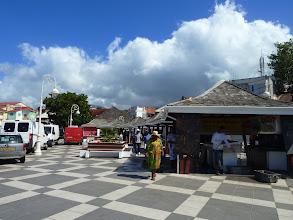 Photo: marché aux poissons - Basse-Terre