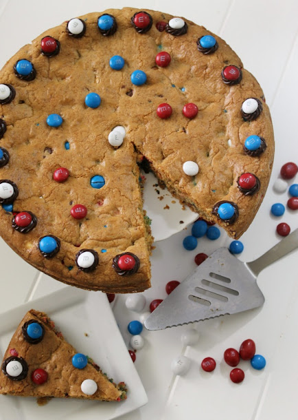 Perfectly Patriotic M&M's® Cookie Cake Recipe