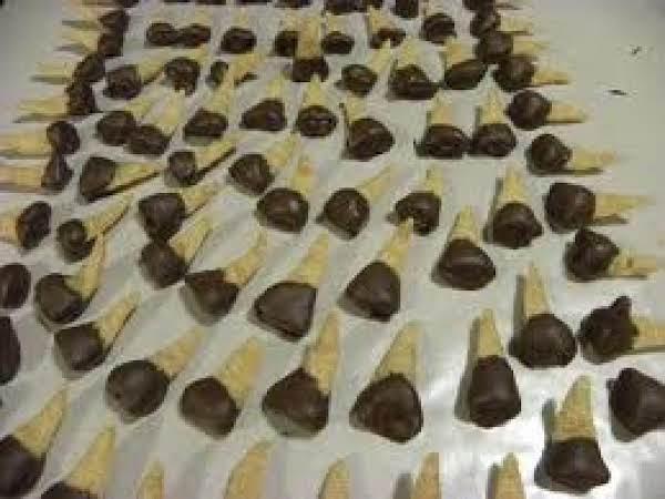 Chocolate Dipped Peanut Butter Bugles Recipe