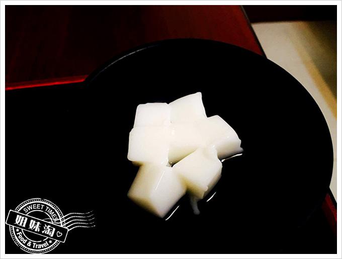 天擇日食杏仁凍