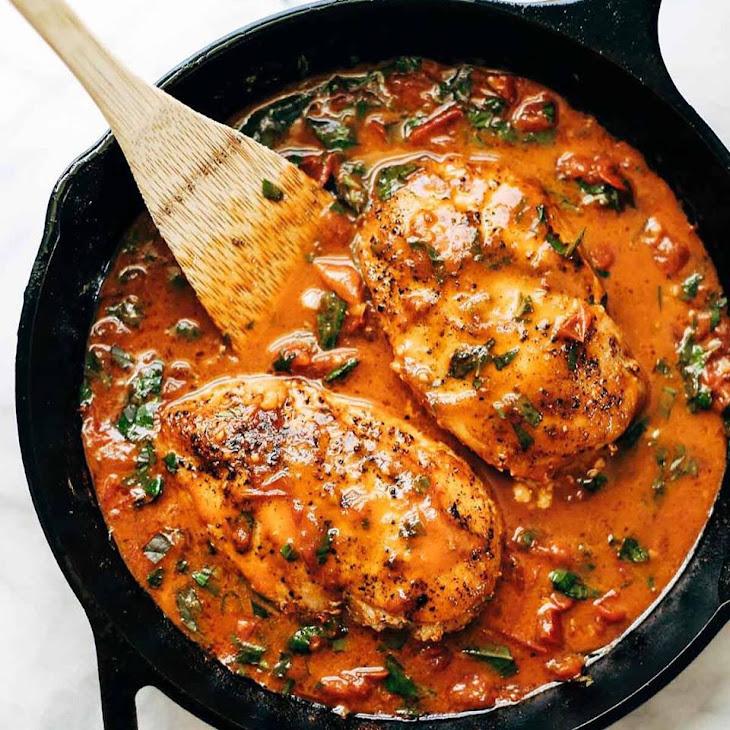 Garlic Basil Chicken with Tomato Sauce Recipe | Yummly