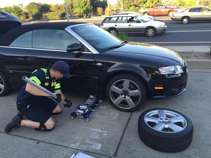 New Rochelle Flat Tire Change