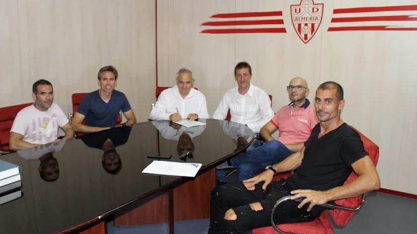 Ramis seguirá siendo el entrenador del Almería
