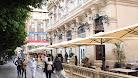 La terraza de un establecimiento hostelero en el Paseo de Almería.