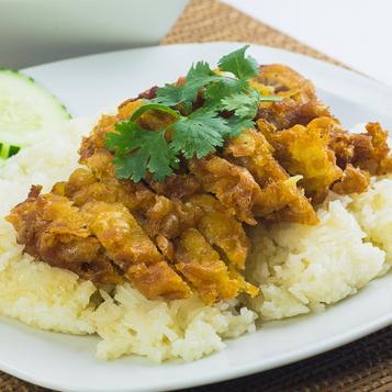 Kao-Mun-Kai -Tod (Fried Chicken Over Rice)