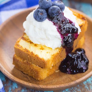Grilled Pound Cake with Mascarpone Cream and Blueberries.