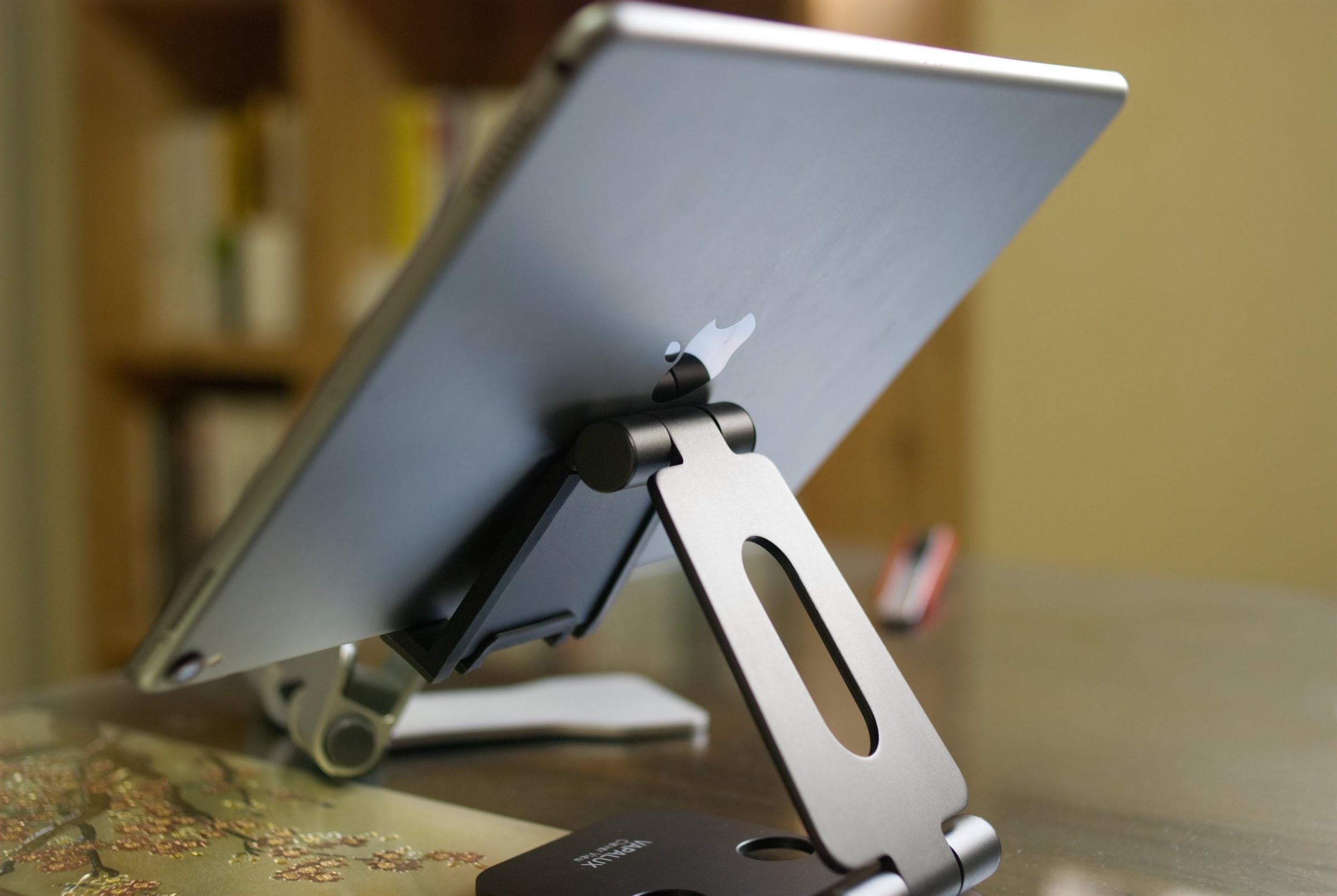 바이퍼럭스 거치대 (iPad Pro 10.5인치)