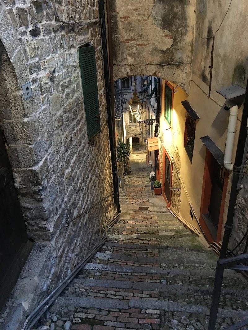 Old city di giumbri_giumbrilla