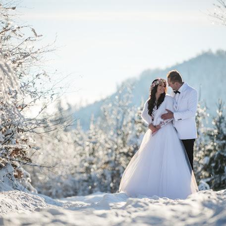 Wedding photographer Marek Krzeminski (krzemiski). Photo of 22.12.2017