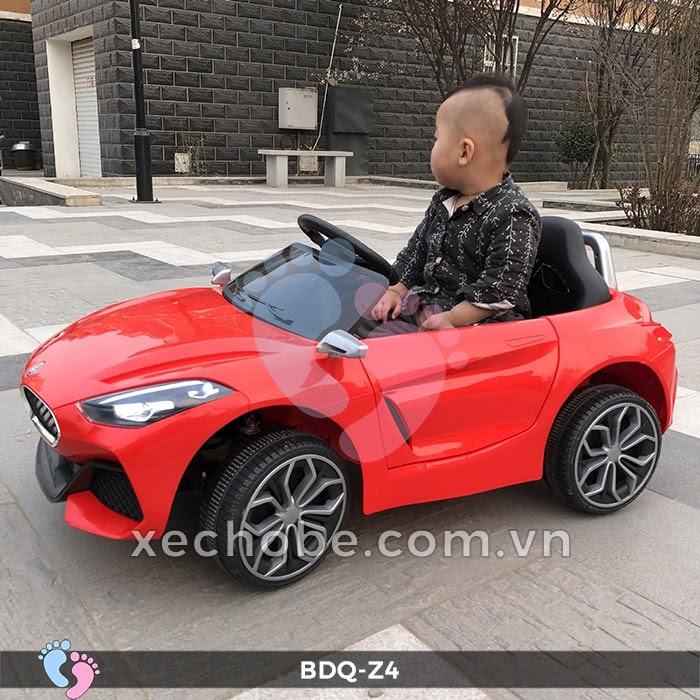 Xe ô tô điện cho bé BDQ-Z4 3