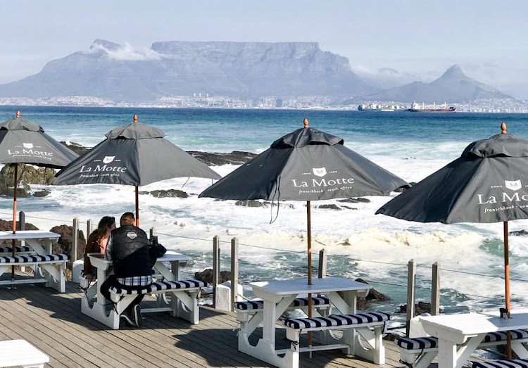 On the Rocks offers diners views across Table Bay to Table Mountain.