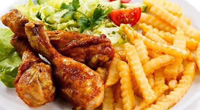 Mọi người thường ăn kết hợp những thực phẩm này mà không biết tác hại của chúng