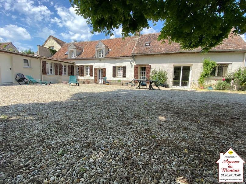 Vente maison 5 pièces 158 m² à Bray-sur-Seine (77480), 211 000 €