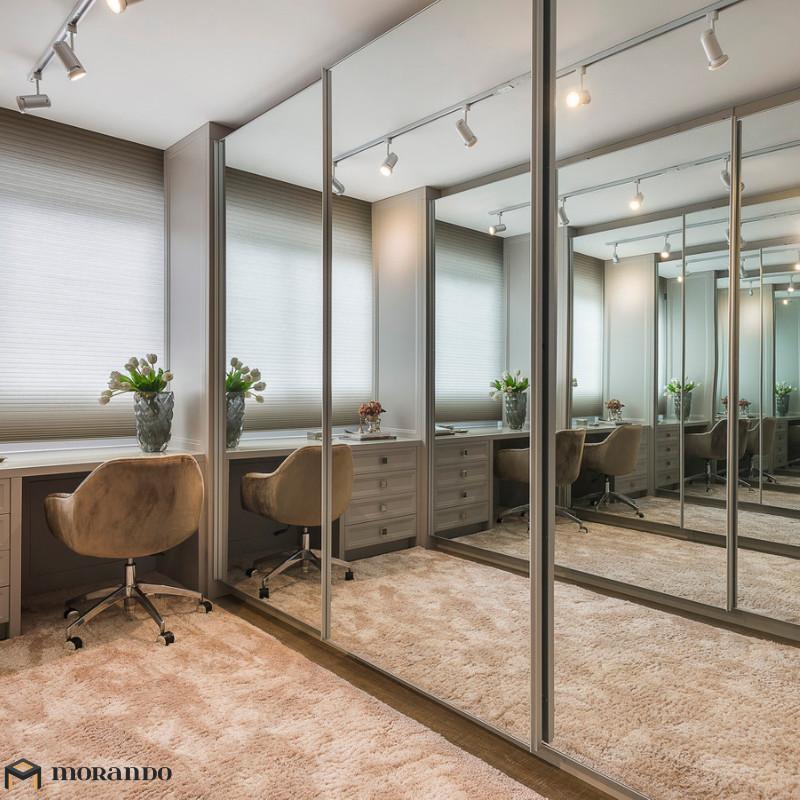 Espelhos e vidros: Seus Móveis sempre atuais e charmosos - Adeblu