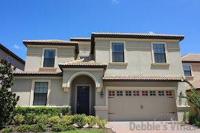 Orlando villa, close to Disney, gated resort with facilities, games room, pool and spa, home cinema