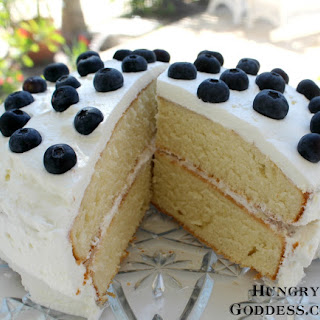 Hot Milk Sponge Cake with Blueberries #SundaySupper #FloridaMilk