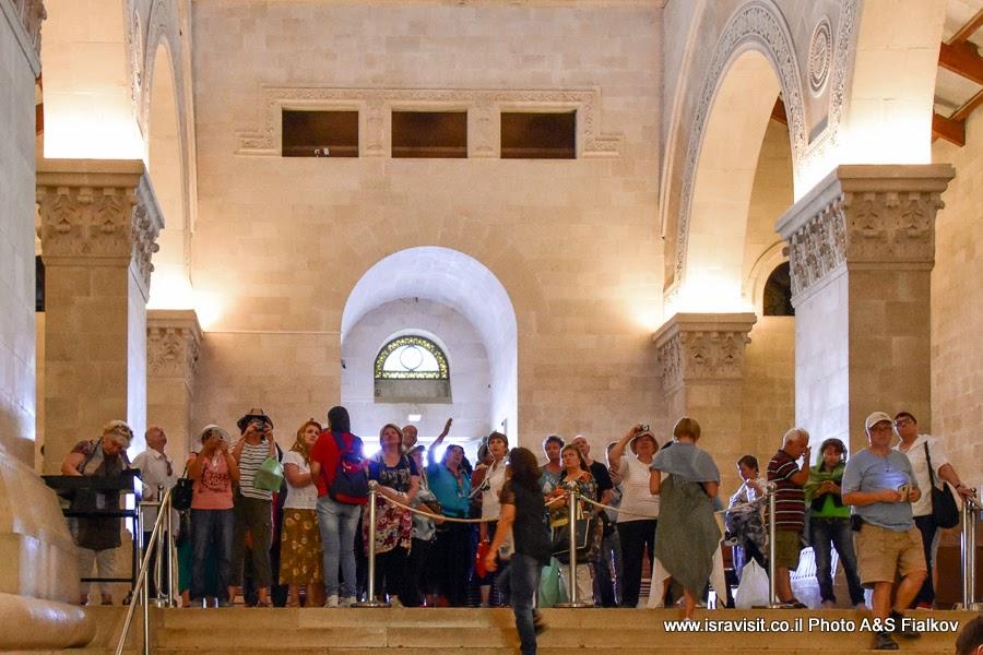 Экскурсия гида Светланы Фиалковой в церкви Преображения Господня на горе Фавор, Израиль.
