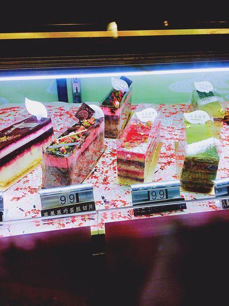 新埔-七見櫻堂(板新店)→充滿少女新的粉嫩粉嫩櫻花蛋糕,和苦甜苦甜的戀愛抹茶蛋糕🌸💕🌸💕