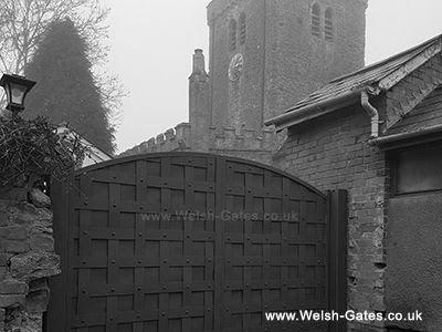 Black and White gates