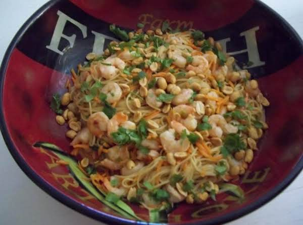 Gayle's Thai Peanut Noodles Recipe