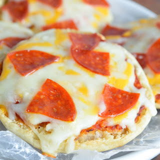 English Muffin Mini Pizzas