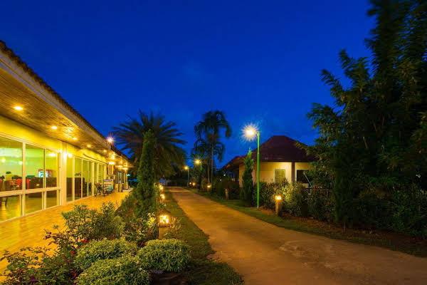 Star Light Beach Resort and Restaurant