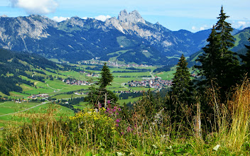 Photo: Stuibenalpe L=22: 8,3km + 430hm + 2h45 - Blick Tanneimer Tal, Gimpel, Rote Flüh -  Wanderinfos: https://pagewizz.com/stuibenalpe-schattwald-wandern-im-tannheimer-tal-32017/