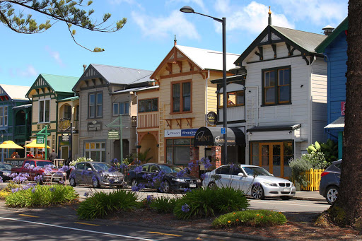 Ponant-New-Zealand-Napier.jpg - Stroll the charming streets of Napier, New Zealand, on a Ponant cruise.