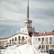 Fotografo di matrimoni Denis Vyalov (vyalovdenis). Foto del 21.06.2018
