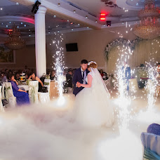 Wedding photographer Svetlana Zharkova (Lana-Niks). Photo of 15.12.2015