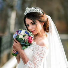 Wedding photographer Yana Krutikova (IanaKrutikova). Photo of 20.05.2017