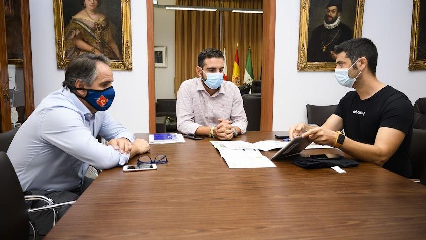 Ramón Fernández-Pacheco, Ramón González y Juan José Segura.