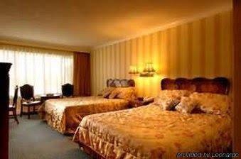 Tally Ho Hotel