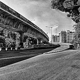 Clean and quiet by Tigor Lubis - Black & White Street & Candid
