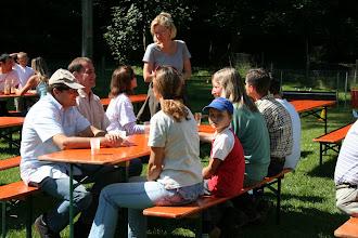 Photo: Zunächst einmal gegenseitiges Kennenlernen bei einem Apero!