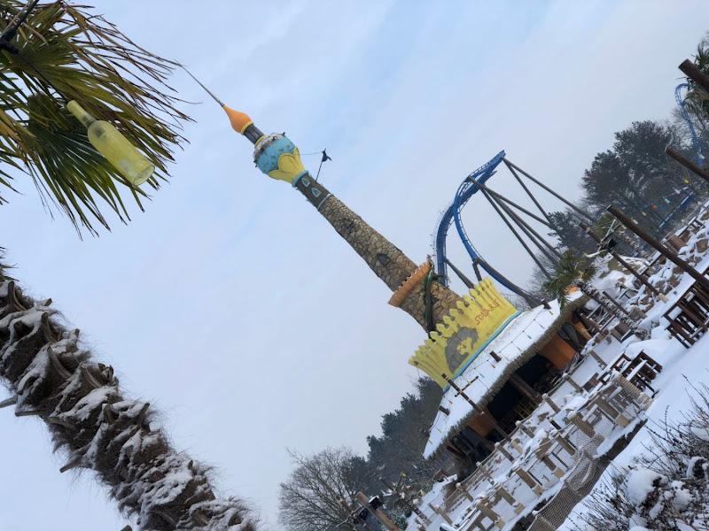 Sneeuw zorgt voor prachtige beelden vanuit Attractiepark Toverland