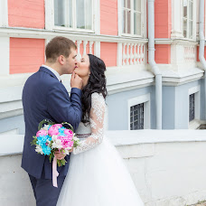 Wedding photographer Alena Kalashnikova (Petisha). Photo of 30.08.2017