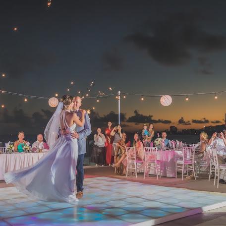 Wedding photographer Luis Tovilla (LouTovilla). Photo of 13.10.2018