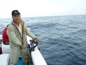 Photo: 船頭!きたぞー! ホンダさんフィーッシュ!