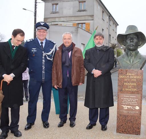 Inauguration buste