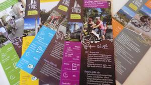 dépliants balades en vélos autour de l'Esclériade chambres d'hôtes dans le Vaucluse