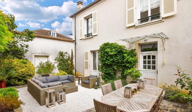 Property Brie-Comte-Robert