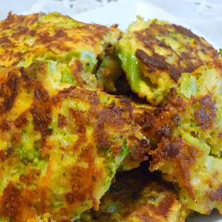 BROCCOLI CARROT FRITTERS.