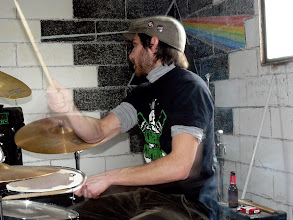 Photo: Pol Torrance & flash Drums