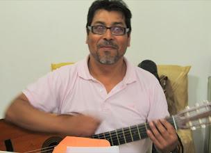 Photo: La infaltable guitarra dando la nota, qué grande!!!