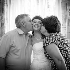 Wedding photographer Ekaterina Yamurzina (kasima74). Photo of 24.08.2014