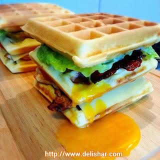 Waffle Club Sandwich