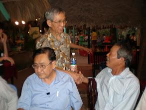 Photo: Thầy Khởi, Quýt và Thầy Ngọc